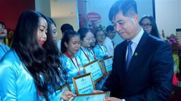 Novaland hỗ trợ giáo dục và đào tạo tại Bình Thuận