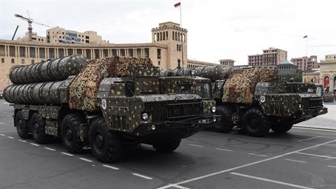 S-300 Armenia diệt Tochka-U Azerbaizan tấn công nhà máy điện hạt nhân?