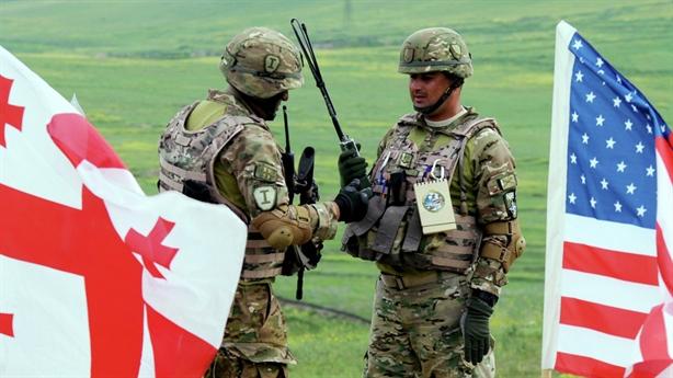 Gruzia chưa thể gia nhập NATO, Ukraine tự phân tích...