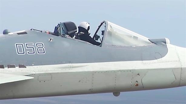 Su-57 không phải tiêm kích đầu tiên bay 'mui trần'