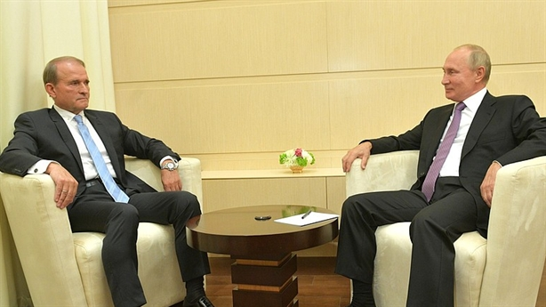 Ông Putin gặp mặt trực tiếp đối lập Ukraine...