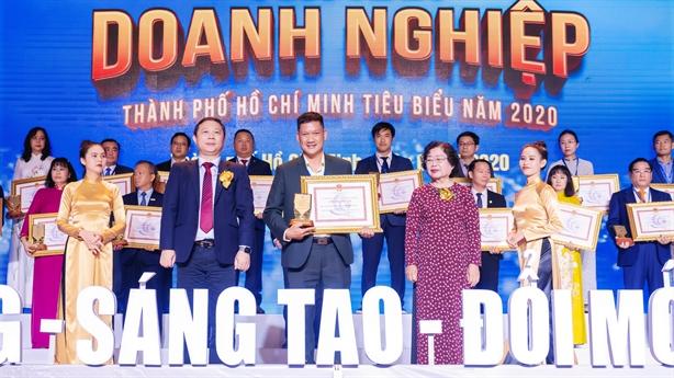 Phúc Khang lọt top 100 doanh nghiệp, doanh nhân tiêu biểu 2020