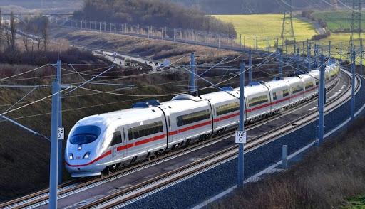 Đường sắt tốc độ cao Bắc-Nam: Băn khoăn phương án tốc độ