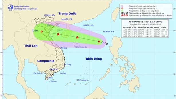 Áp thấp nhiệt đới giật cấp 9 cách đảo Hoàng Sa 550km