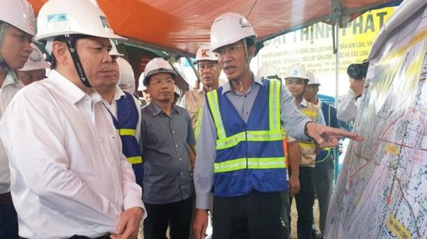 Xây cầu Mỹ Thuận 2: Nhắc chuyện cao tốc Đà Nẵng-Quảng Ngãi