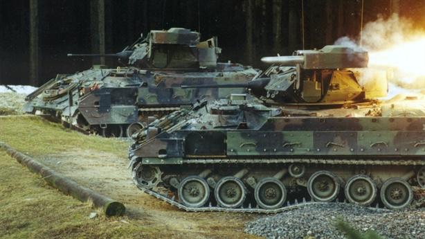 Mỹ dùng xe chiến đấu Đức thay thế Bradley