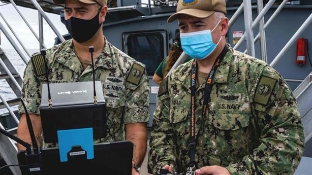 Mỹ dùng UAV tiếp tế cho tàu ngầm hạt nhân