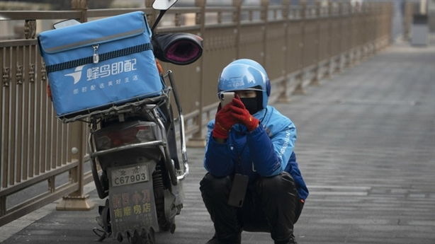 Kinh tế Trung Quốc phục hồi mạnh mẽ: Nghi ngờ tô hồng