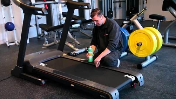 Cách chăm sóc, bảo trì máy chạy bộ điện, máy massage chân