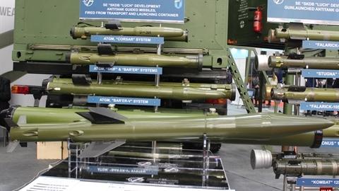 Ukraine dùng tên lửa RK-10 cho trực thăng-tàu chiến-phòng không