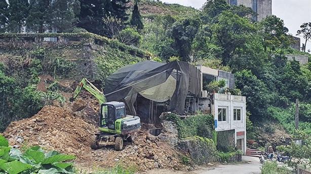 Tam Đảo kiểm tra nhiều công trình khoét núi, đổ bê tông