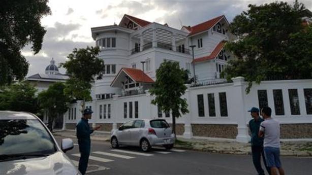 Nguyên Bí thư TP.Nha Trang bị tấn công: Từ chối nhận hàng?