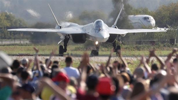 Nga trang bị Su-57 mang siêu động cơ