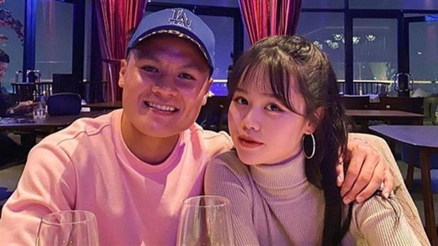 Quang Hải 'quay xe', 'cứu' cả Huỳnh Anh lẫn Hương Giang?