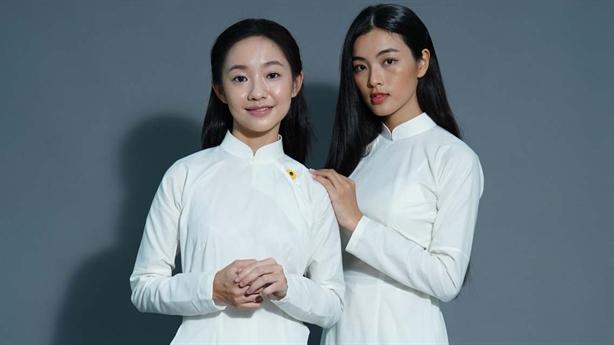 """""""Em và Trịnh"""" lộ mỹ nhân được Trịnh gửi 300 thư tình"""