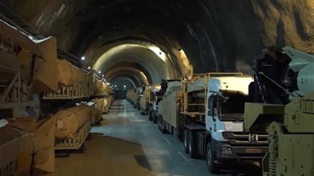 Iran khoe căn cứ ngầm tuyệt mật của lực lượng tên lửa