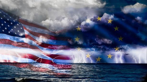 Mỹ chưa xong bầu cử, EU bồi thêm đòn ông Trump