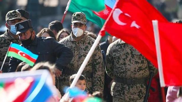 Cuộc chiến Karabakh: Ông Erdogan đội nguyệt quế...