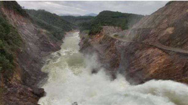Thủy điện Thượng Nhật lại tích nước trái phép