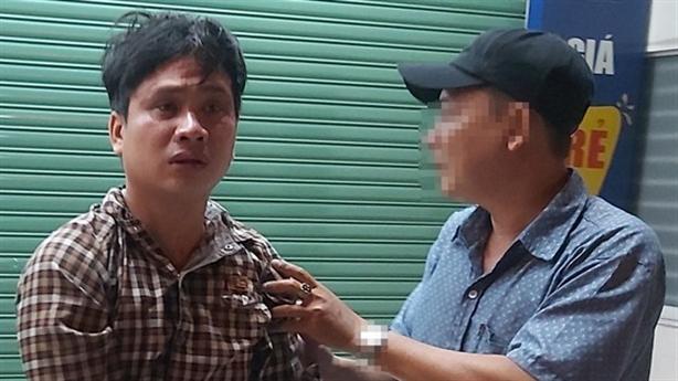 Đang bị truy nã, nam thanh niên bị bắt khi đi cướp