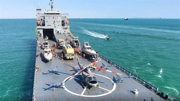 Chiến hạm Iran trang bị vũ khí phương Tây không có