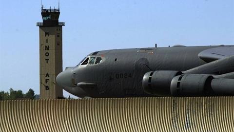 B-52 tới Trung Đông ngay khi Iran bắt tàu chở dầu