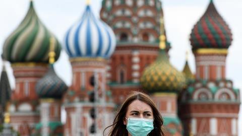 COVID-19 khoét sâu nỗi đau nhân khẩu học của Nga
