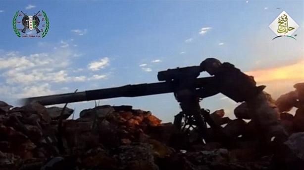 Phiến quân dùng TOW tấn công lính Nga