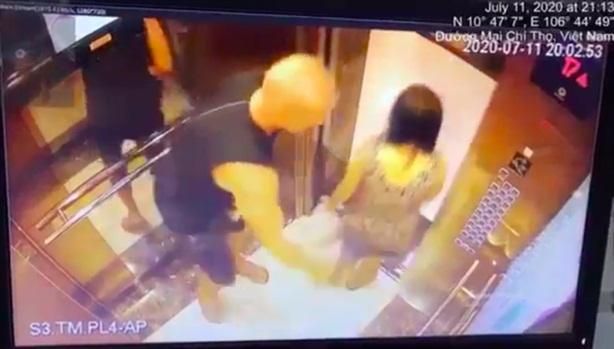 Vỗ mông người phụ nữ trong thang máy: Vì sao hòa giải?