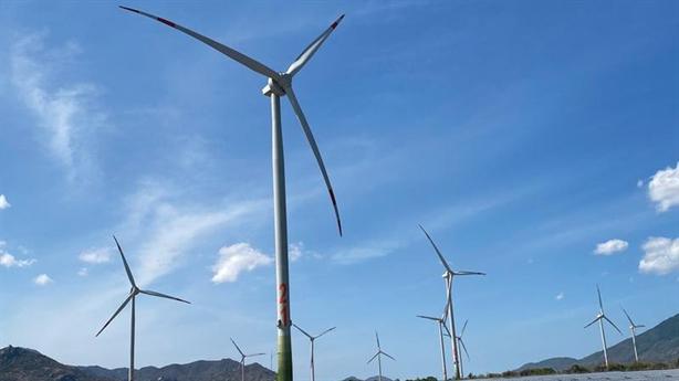 Đầu tư ồ ạt điện gió: Nỗi lo quá tải đường truyền