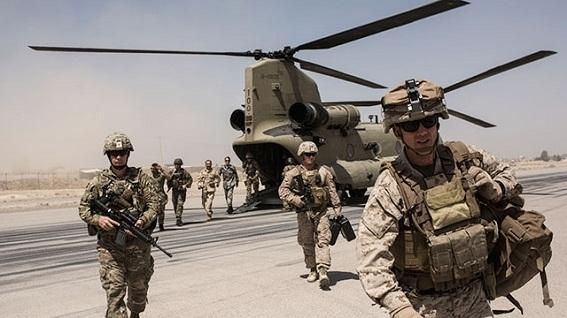 Vì sao Trump không thể đưa lính Mỹ về đón Giáng sinh?