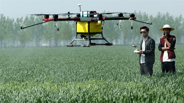Bộ Quốc phòng: Ưu tiên nhập UAV phục vụ nông nghiệp