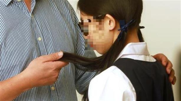 Nữ sinh tự tử vì không được thầy giáo đáp tình