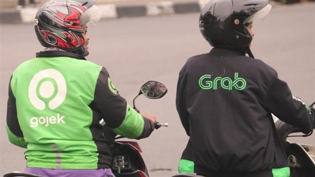 Sau Grab, Gojek tăng cước: Cơ quan chức năng cần làm rõ