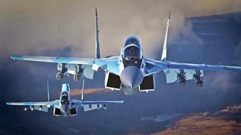 Mỹ nghĩ tiêm kích 1 động cơ Nga...khá lạ