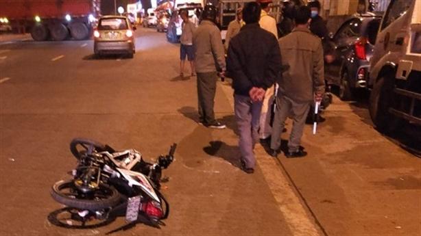Phượt thủ tông công an bị thương: 'Sợ bị giữ xe'