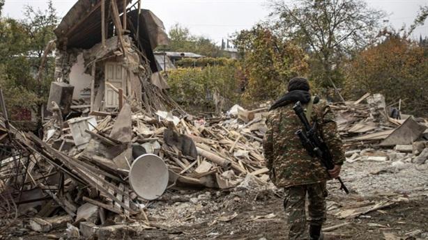 Nga cũng không thể hòa giải xung đột Armenia-Azerbaijan?