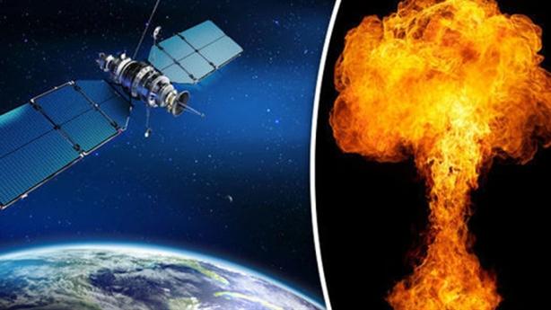 Ông Mike Pence: Mỹ có lực lượng tấn công từ vũ trụ