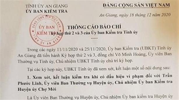 Chủ nhiệm UBKT bị kỷ luật vì không chuyển công tác