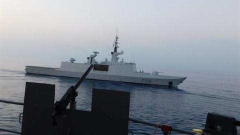 Tàu chiến Pháp áp sát căn cứ Tartus