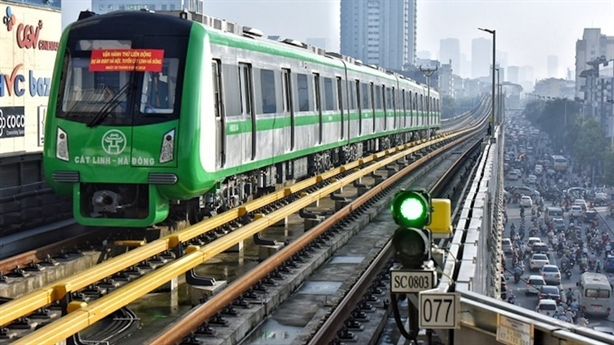 Lương lái tàu đường sắt Cát Linh-Hà Đông cao nhất 17 triệu/tháng