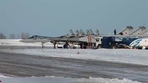 Không quân Nga chính thức nhận Su-57 sản xuất loạt đầu tiên