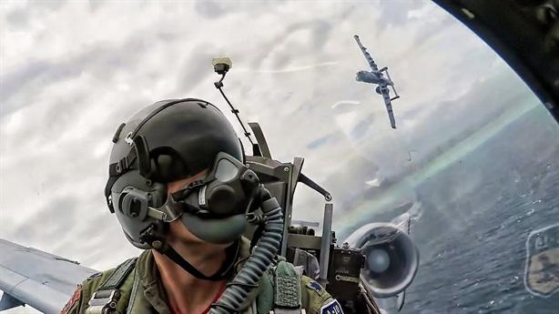 Mỹ dùng A-10 để diệt S-400 Nga
