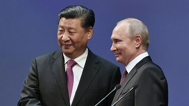 Nga-Trung thắt chặt quan hệ chiến lược: Đối kháng Mỹ-EU