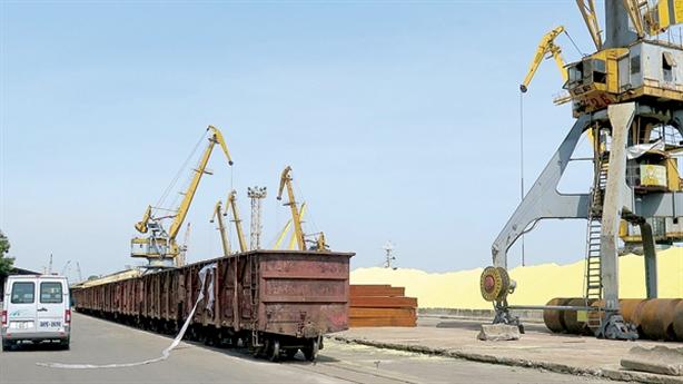 Đầu tư đường sắt nối cảng biển: Cần nhưng... tiền đâu?