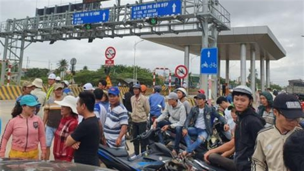 Lùm xùm BOT Ninh Xuân: Băn khoăn thị xã hai trạm BOT