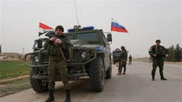 Nga dùng Mi-8, Mi-35 hộ tống 300 quân cảnh tuần tra Al-Hasakah