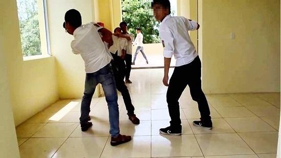 Học sinh lớp 5 bị đâm tử vong: Không có xích mích