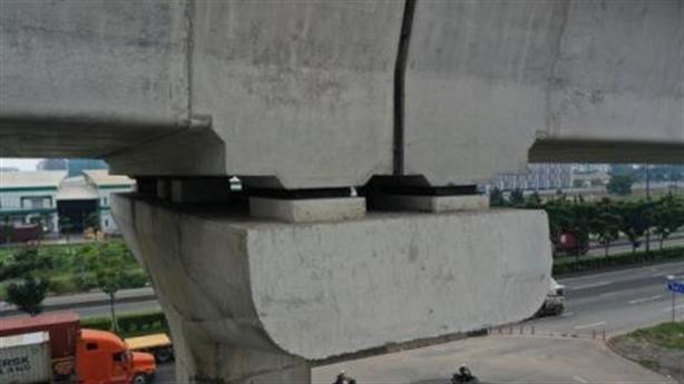 Thêm sự cố lệch gối cầu trên tuyến metro số 1