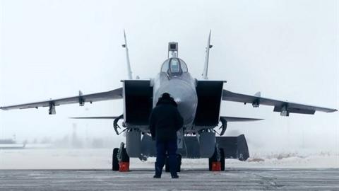 Tiêm kích MiG-31BM